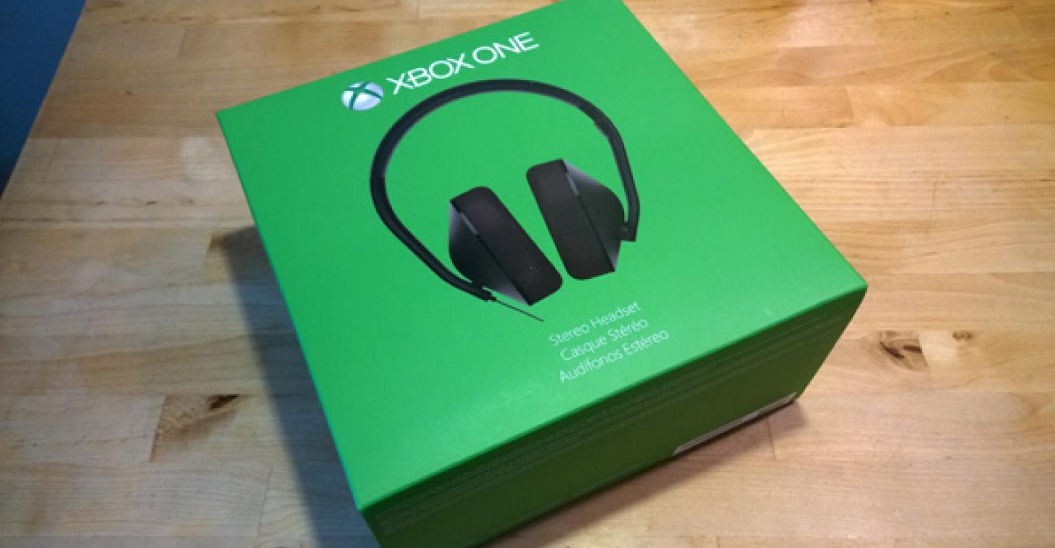 Xbox One Stereo Headset and Stereo Headset Adapter   IT Pro