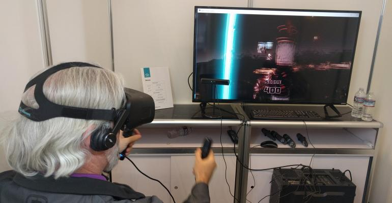 CES 2017: Hands On with 3Glasses Virtual Reality Head Mounted Device - Blubur S1