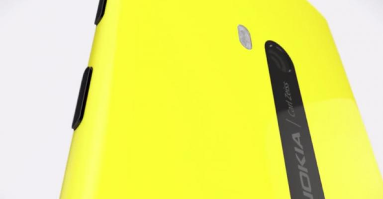 AT&T Will Deliver GDR2 and Amber to Lumia 820 and 920 Starting October 10