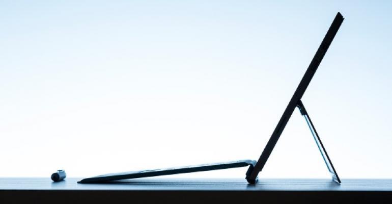 Surface Pro 3: Continuous Kickstand