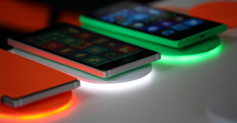 New DT-903 Nokia Wireless Charging Plate now available from Microsoft