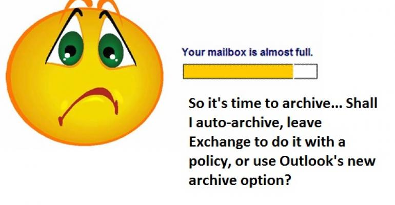 How many ways can Outlook archive an item?