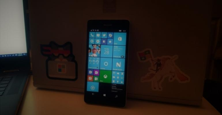 Windows 10 Mobile Lumia 950 Hero
