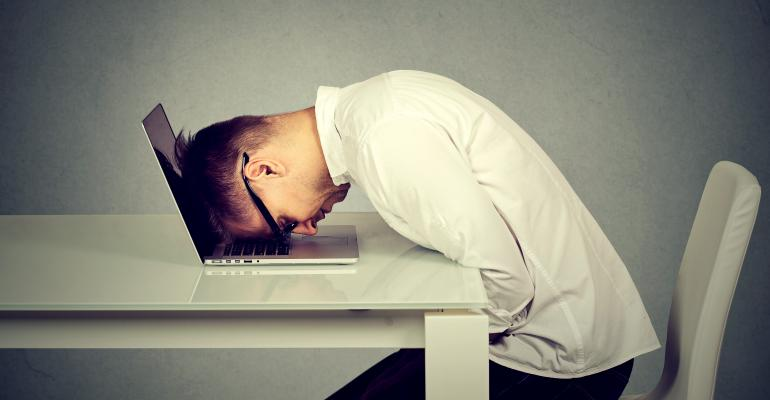 video conferencing fatigue or zoom fatigue worker