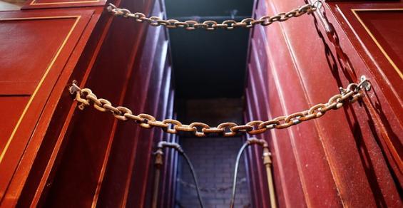 container-trust.jpg
