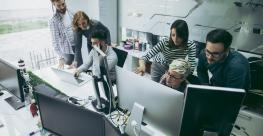 developers-working-in-office