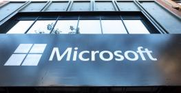 microsoft logo on building_0.jpg