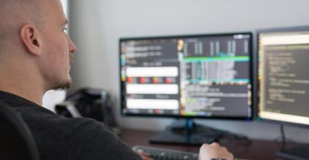 developer working on remote software dev team