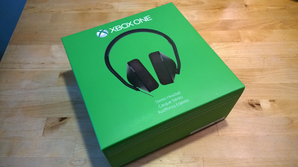 Xbox One Stereo Headset and Stereo Headset Adapter | IT Pro