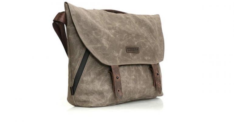 First Look: WaterField Vitesse Messenger bag