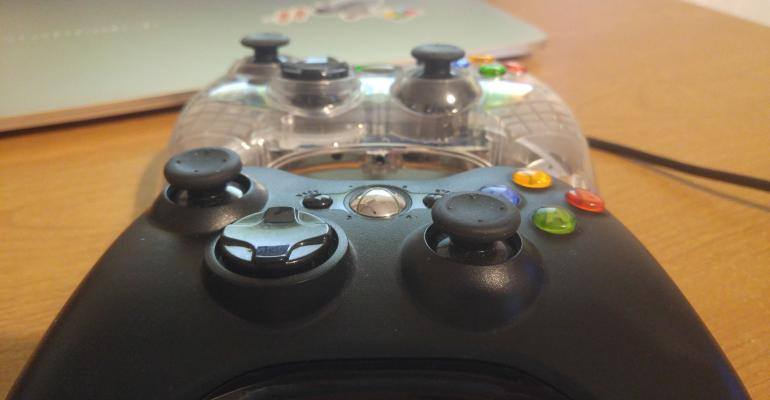 Tip - You can use an Xbox 360 controller when streaming your Xbox One to Windows 10