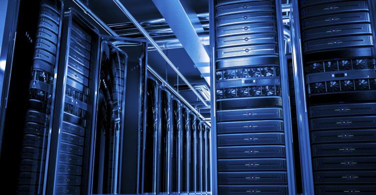 IT Innovators: Improving Data Center Efficiency with Green IT Strategies