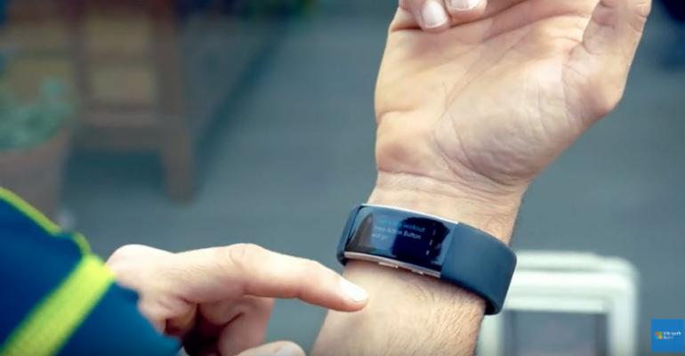 """""""Lean in 15"""" Author Takes a Microsoft Band Journey"""